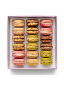 """JAPONISME BOX 18 MACARONS SUMMER 2021 """"COLLECTION"""""""