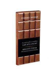 tablette-de-chocolat-au-lait-et-noisettes-grillees
