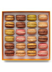 Signature-24-macarons